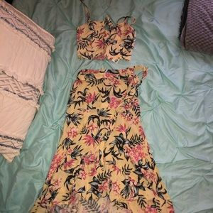 NWT H&M SET matching crop top and skirt